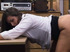Big ass amateur babe nailed by pawn man in the backroom